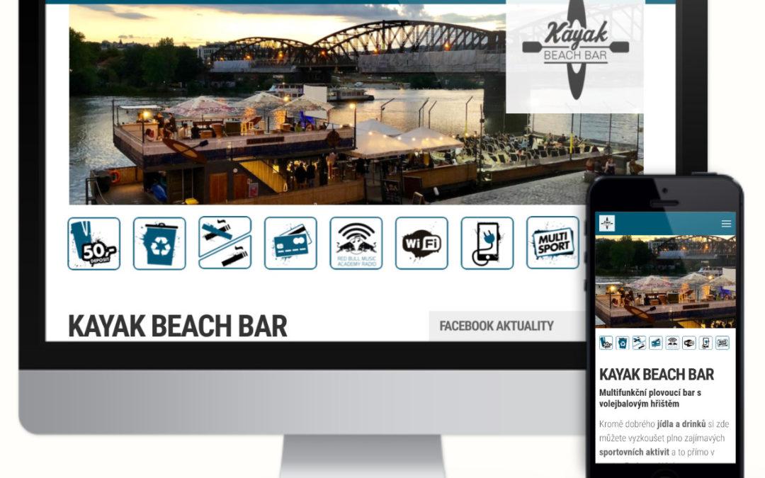 Kayak Beach Bar – multifunkční plovoucí bar s hřištěm